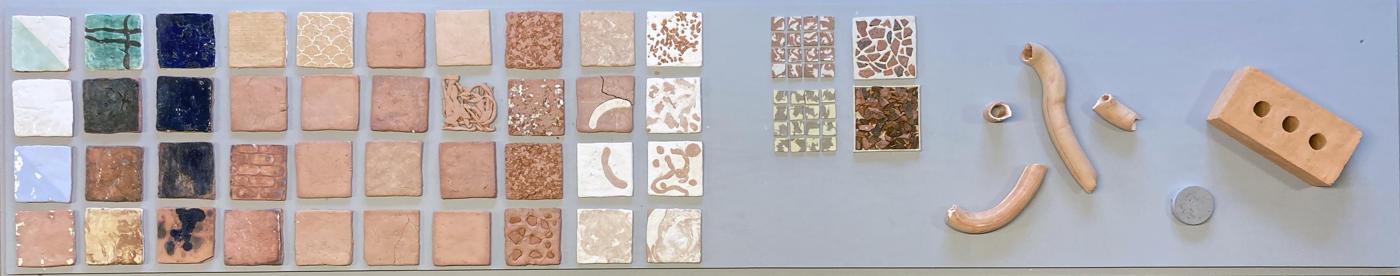 Tester gjort med egen utgravd sandnesleire. Et samarbeid med kunststudent Lisa Rytterlund v.KMD